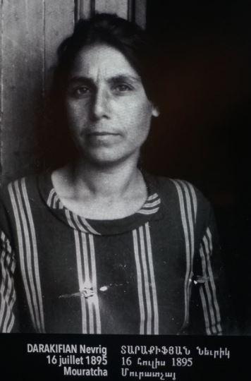 """Exilée arménienne à Marseille en 1915. """"100 portraits de l'exil"""" ARAM"""